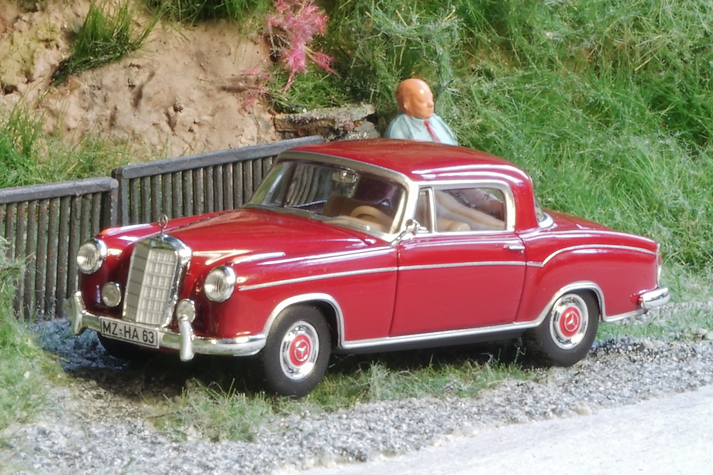Literature as well Mercedes Benz Typ 170 Cabriolet W136 1949 additionally Viewtopic as well 504 19 D M20 54 Hp moreover 107004 Mercedes Benz 180b For Sale. on mercedes benz 180 b ponton 1960